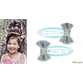 Pinces à cheveux Annelise - noeuds argentés & pinces bleus - 1 paire - Accessoire pour enfants