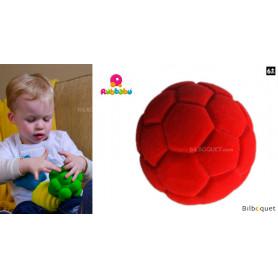 Balle sensorielle - Balle de Football rouge - Rubbabu