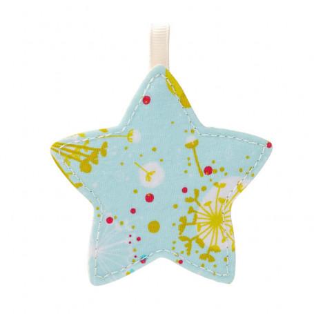 Décoration étoile en tissu
