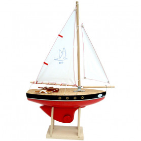 Red sailing boat 500